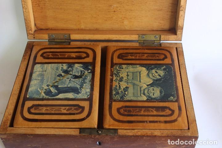 Antigüedades: CAJA DE MADERA CON CAJITAS EN SU INTERIOR AÑOS 50 DECORACIÓN VIRGEN APARECIENDO A PASTORCILLO - Foto 3 - 124490223