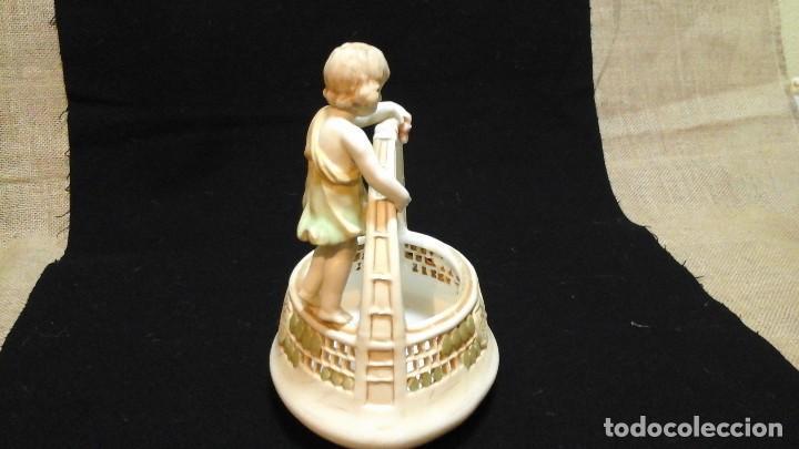 Antigüedades: Centro de mesa en porcelana austríaca .1910 -20 Royal Vienna Wahliss .Impecable - Foto 2 - 124683243