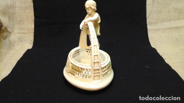 Antigüedades: Centro de mesa en porcelana austríaca .1910 -20 Royal Vienna Wahliss .Impecable - Foto 6 - 124683243