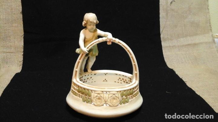 Antigüedades: Centro de mesa en porcelana austríaca .1910 -20 Royal Vienna Wahliss .Impecable - Foto 7 - 124683243