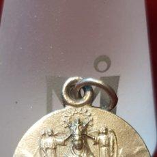 Antigüedades - Antigua medalla religiosa Montserrat y Sagrado Corazón - 124731555