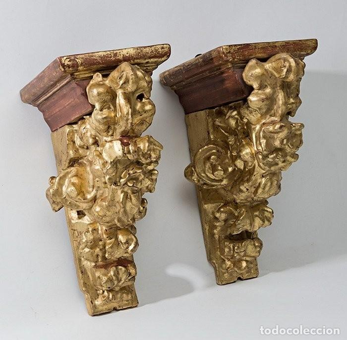 PAREJA DE MÉNSULAS -MÉNSULA- BARROCAS S. XVIII, DIM.- 39X28,5X20 CMS (Antigüedades - Muebles Antiguos - Ménsulas Antiguas)