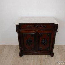 Antigüedades: RECIBIDOR-APARADOR ANTIGUO CON TAPA DE MARMOL. Lote 194746213