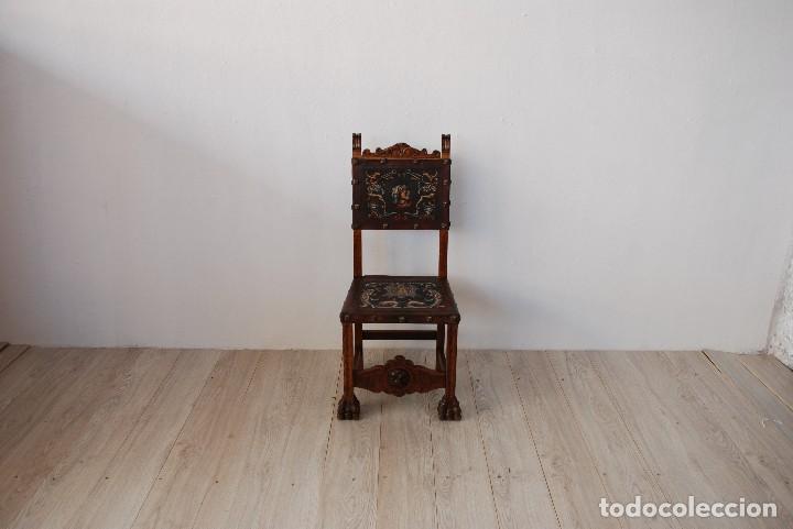 SILLA CASTELLANA MADERA Y CUERO (Antigüedades - Muebles Antiguos - Sillas Antiguas)