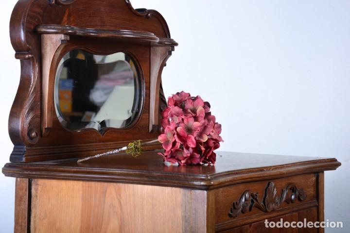 Antigüedades: Mueble auxiliar de comedor - Vitrina expositor Art Nouveau - Foto 11 - 124935547