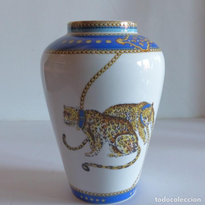 FLORERO DE CERÁMICA, ESTILO VERSACE, TIRSCHENREUTH BAVARIA. ALEMANIA 1970 - 1980 (Antigüedades - Porcelana y Cerámica - Alemana - Meissen)