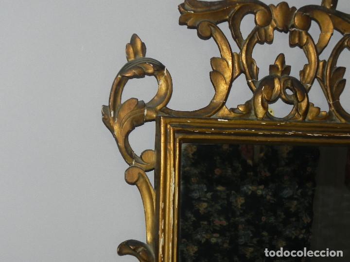 Antigüedades: ** PRECIOSO ESPEJO CORNUCOPIA ANTIGUO EN MADERA TALLADA Y PAN DE ORO SIGLO XVIII / XIX ** - Foto 10 - 125054887