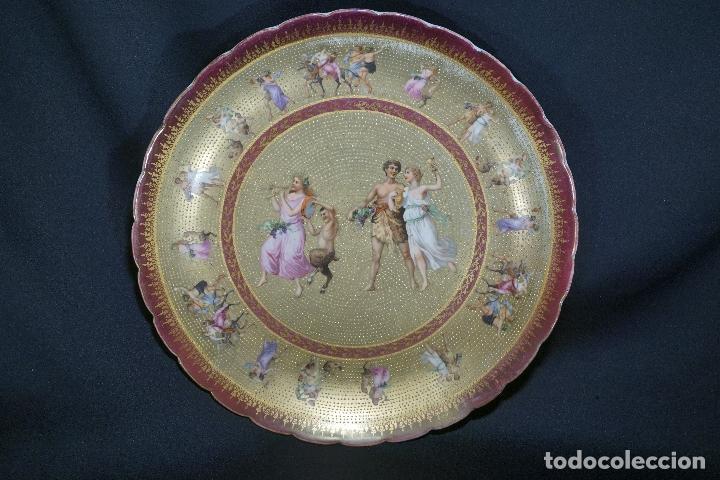 PLATO PORCELANA. VIENA. AUSTRIA. SIGLO XIX-XX. (Antigüedades - Porcelanas y Cerámicas - Otras)