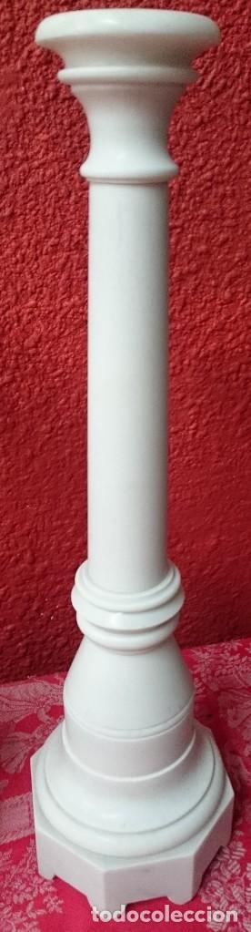 Antigüedades: Antigua pareja de candelabros, hachero, Imperio, Napoleón III. 47 cm de alto. - Foto 3 - 125096087