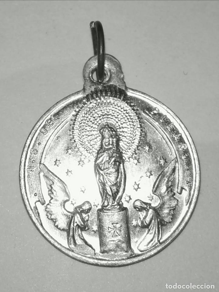 24a5d62ef19 MEDALLA ESCAPULARIO VIRGEN DEL PILAR Y SAGRADO CORAZON EN PLATA DE LEY -  18MM (Antigüedades