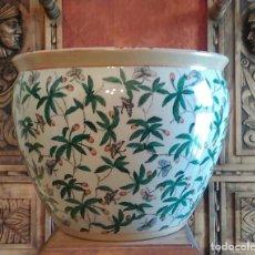 Antigüedades: MACETERO EN PORCELANA CHINA, SELLADO Y NUMERADO,.. Lote 125187855