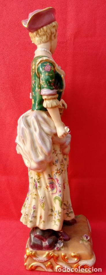 Antigüedades: PAREJA DE FIGURAS GALANTES EN PORCELANA FRANCESAS. XIX. EN MAGNÍFICO ESTADO. 47.5 Y 49 CMS ALTO - Foto 17 - 125234655