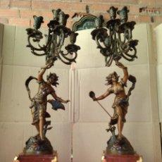 Antigüedades: IMPRESIONANTE PAREJA DE PORTAVELAS CANDELABROS FRANCESES SIGLO XIX BRONCE Y MÁRMOL .ESTAN FIRMADOS. Lote 125240046