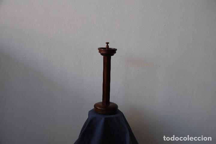 Antigüedades: CENICERO DE PIE NOGAL ANTIGUO - Foto 3 - 125284747