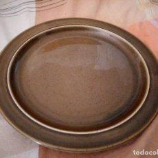 Antigüedades: PLATO DE LOZA COLOR VERDE OLIVA DE THOMAS GERMANY. Lote 125850839