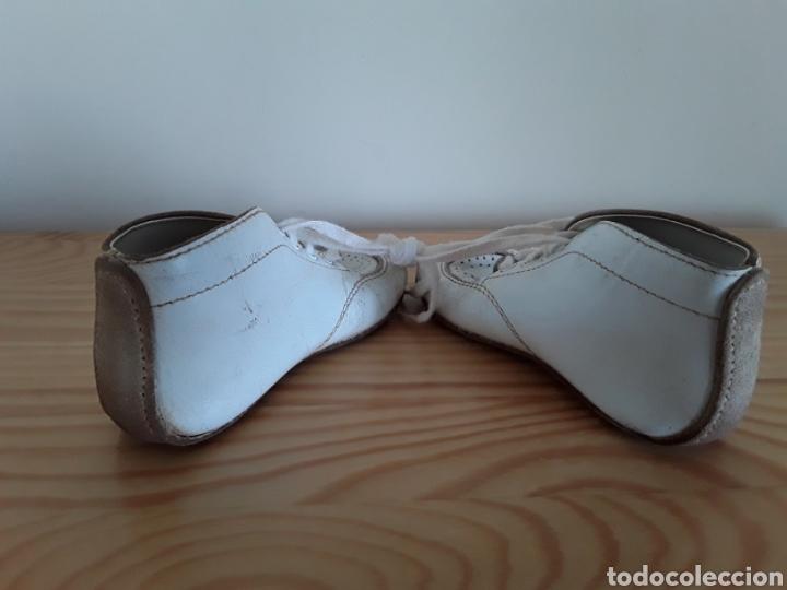 Antigüedades: Antiguos zapatos de bebé. Made in U. S. A. - Foto 2 - 125850975