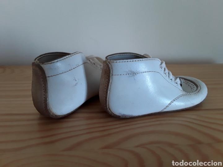 Antigüedades: Antiguos zapatos de bebé. Made in U. S. A. - Foto 4 - 125850975