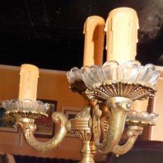 Antigüedades: CANDELABRO BRONCE ELECTRIFICADO. Lote 125855719