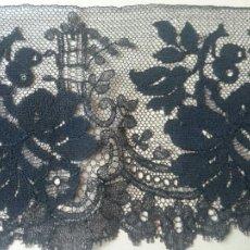 Antigüedades: ENCAJE ANTIGUO DE BLONDA. Lote 125911980