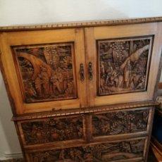 Antigüedades: COMODA DE ALCANFOR SIGLO XIX. Lote 125968856
