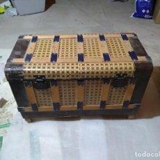 Antigüedades: BAÚLES. Lote 126020271