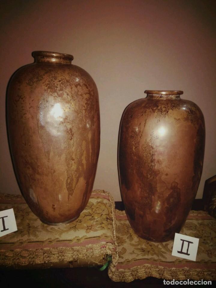 Antigüedades: WFM - LOTE 2 JARRONES O FLOREROS DE METAL LATÓN O COBRE ?? - ALEMANIA AÑOS 30. - Foto 3 - 126068699
