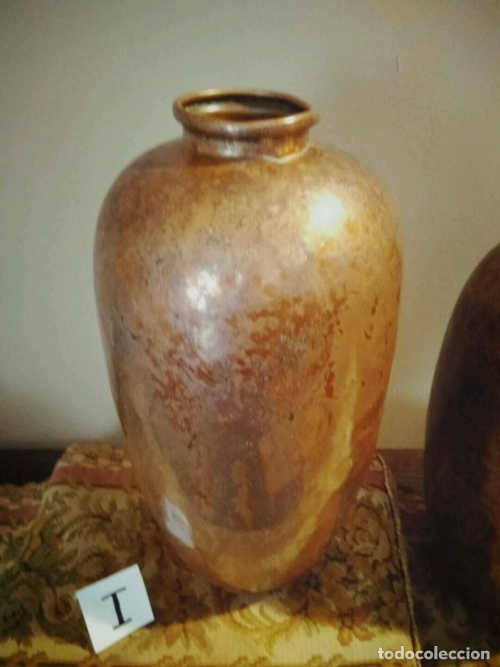 Antigüedades: WFM - LOTE 2 JARRONES O FLOREROS DE METAL LATÓN O COBRE ?? - ALEMANIA AÑOS 30. - Foto 9 - 126068699