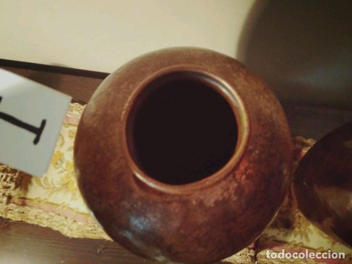 Antigüedades: WFM - LOTE 2 JARRONES O FLOREROS DE METAL LATÓN O COBRE ?? - ALEMANIA AÑOS 30. - Foto 14 - 126068699