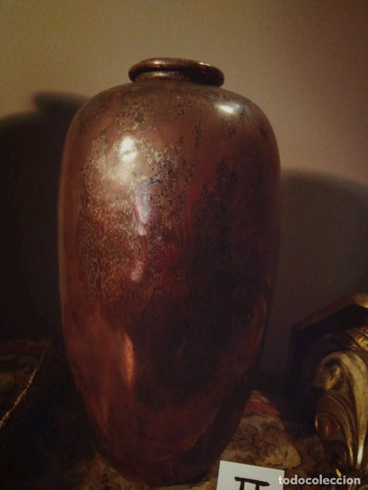 Antigüedades: WFM - LOTE 2 JARRONES O FLOREROS DE METAL LATÓN O COBRE ?? - ALEMANIA AÑOS 30. - Foto 16 - 126068699