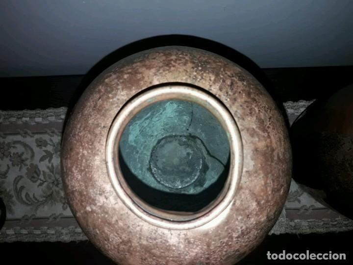 Antigüedades: WFM - LOTE 2 JARRONES O FLOREROS DE METAL LATÓN O COBRE ?? - ALEMANIA AÑOS 30. - Foto 23 - 126068699