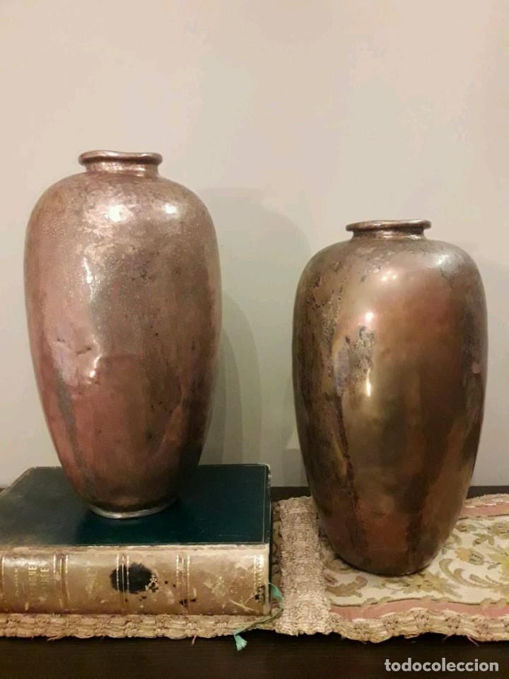 Antigüedades: WFM - LOTE 2 JARRONES O FLOREROS DE METAL LATÓN O COBRE ?? - ALEMANIA AÑOS 30. - Foto 26 - 126068699