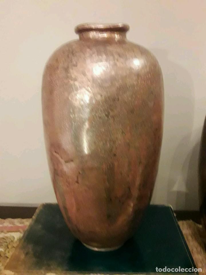 Antigüedades: WFM - LOTE 2 JARRONES O FLOREROS DE METAL LATÓN O COBRE ?? - ALEMANIA AÑOS 30. - Foto 32 - 126068699