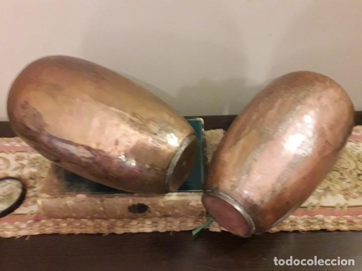 Antigüedades: WFM - LOTE 2 JARRONES O FLOREROS DE METAL LATÓN O COBRE ?? - ALEMANIA AÑOS 30. - Foto 40 - 126068699