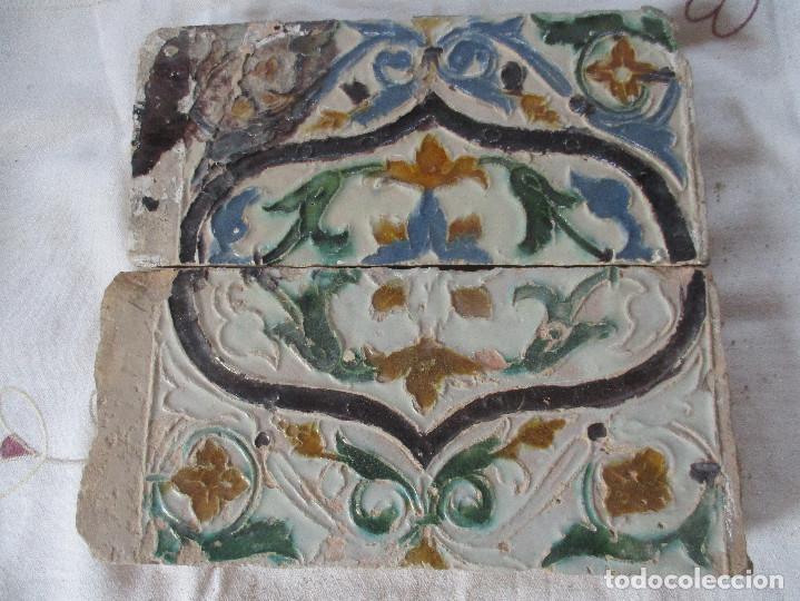PAREJA Nº33 SIGLO XVI AZULEJOS DE TABLA (Antigüedades - Porcelanas y Cerámicas - Azulejos)