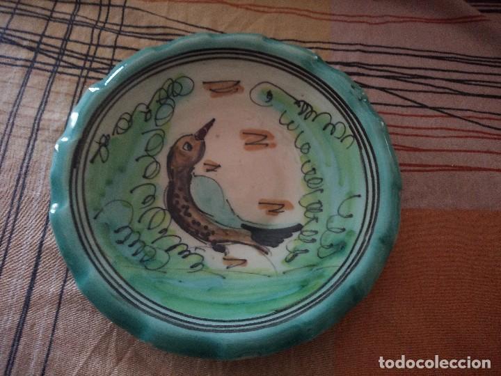 PLATO PUENTE DEL ARZOBISPO FIRMADO JOSE FDEZ, (Antigüedades - Porcelanas y Cerámicas - Puente del Arzobispo )