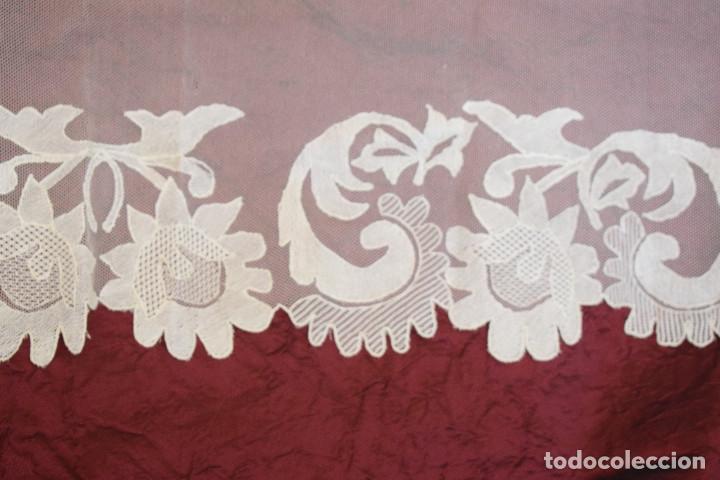 Antigüedades: Mantilla blanca antigua 180 x 55 cm - Foto 10 - 126208347