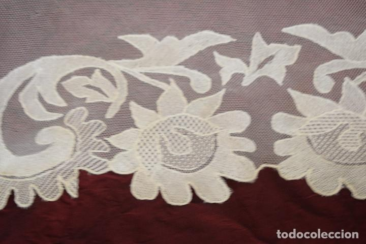 Antigüedades: Mantilla blanca antigua 180 x 55 cm - Foto 12 - 126208347