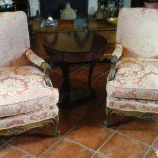 Antigüedades: SILLONES EN ROBLE TALLADO Y TAPIZADO DE DAMASCO. Lote 126269006