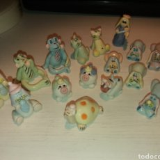 Antiquitäten - Lote de figuras miniaturas de porcelana - 126406732