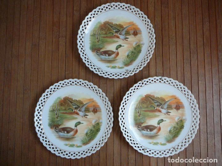 3 ANTIGUOS PLATOS DE DULCE. PORCELANA ALEMANA. SIGLO XIX (Antigüedades - Porcelanas y Cerámicas - Otras)