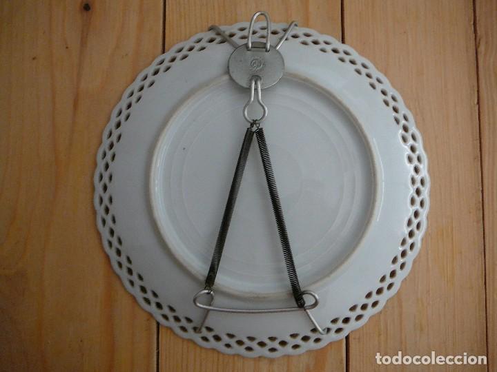 Antigüedades: 3 Antiguos platos de dulce. Porcelana alemana. Siglo XIX - Foto 3 - 126424459