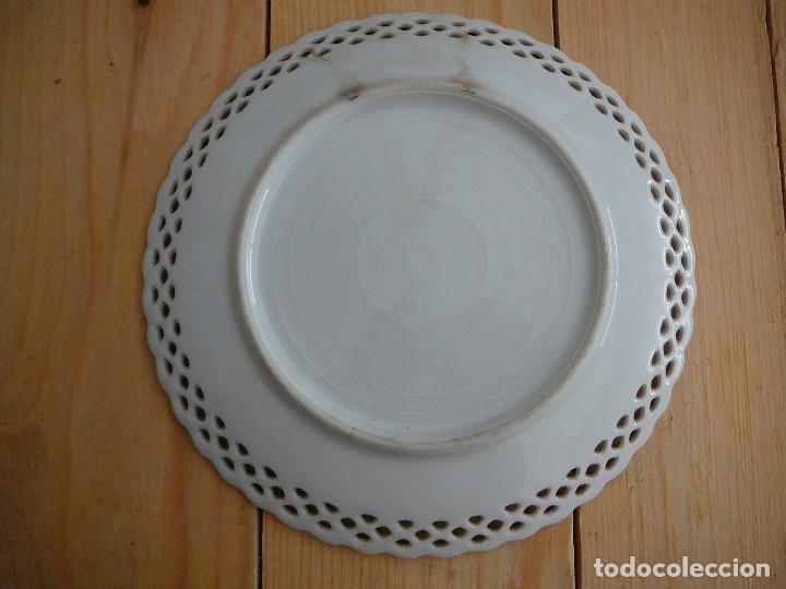 Antigüedades: 3 Antiguos platos de dulce. Porcelana alemana. Siglo XIX - Foto 4 - 126424459