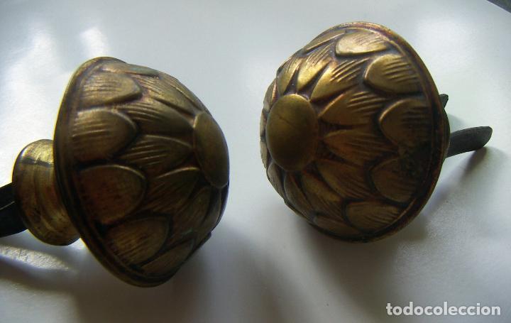 Antigüedades: 2 antiguas piezas de remate para barra de cortina - Foto 3 - 126472863
