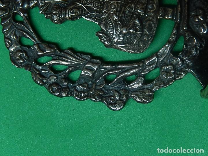Antigüedades: Pequeña benditera de plata. Principios del siglo XX. - Foto 8 - 126512243