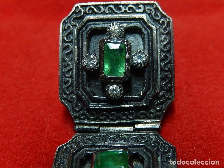Antigüedades: Cruz de plata antigua, con esmeraldas y brillantes. - Foto 8 - 126578215