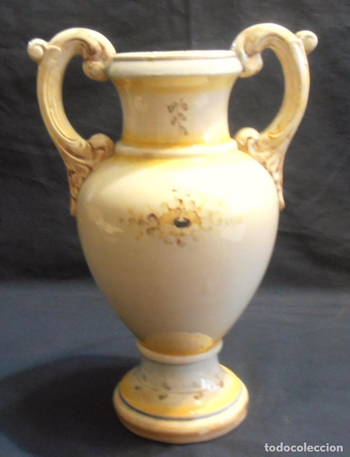 Antigüedades: JARRON Y FRUTERO, OCTOGENARIOS, DE CERAMICA VALENCIANA - Foto 3 - 126595439