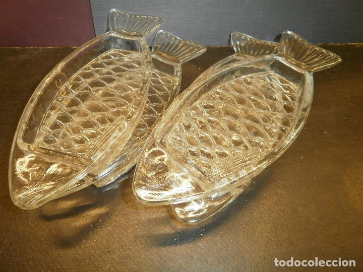 4 ANTIGUAS BANDEJITAS DE VIDRIO PRENSADO. (Antigüedades - Cristal y Vidrio - Otros)