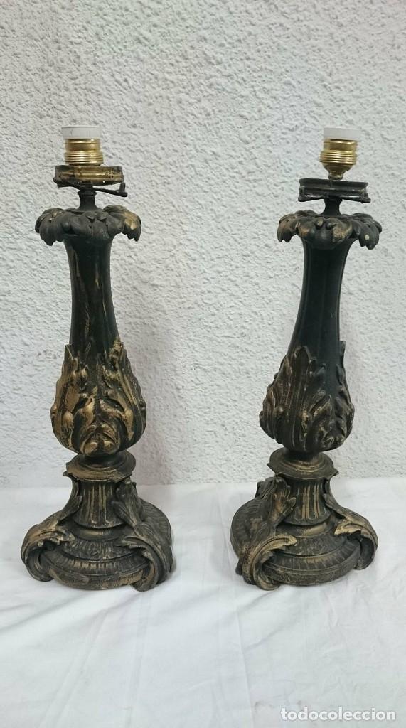 Antiques: Antiguos candelabros de bronce estilo imperio, electrificados para lámpara. Siglo XIX. 55 cm alto. - Foto 2 - 121345183
