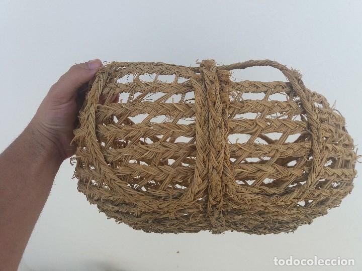 Antigüedades: Cesta espuerta o capazo antiguo de esparto utilizado para fruta verdura pescado - Foto 3 - 126659371
