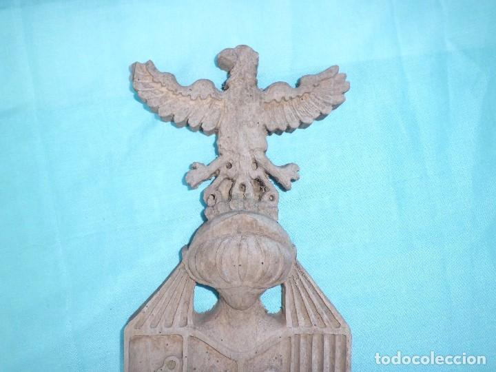 Antigüedades: ESCUDO NOBILIARIO ANTIGUO MADERA TALLADA - Foto 2 - 126685719